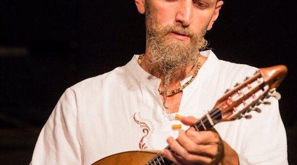 L'intervista realizzata da SBS Radio al mandolinista Carlo Aonzo