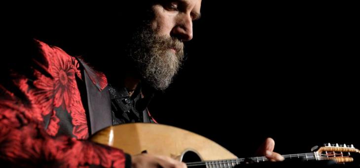 """Carlo Aonzo: """"Siamo un popolo di mandolinisti"""""""
