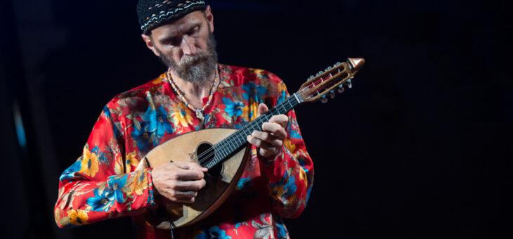 Carlo Aonzo: un mandolino che coniuga passato e futuro